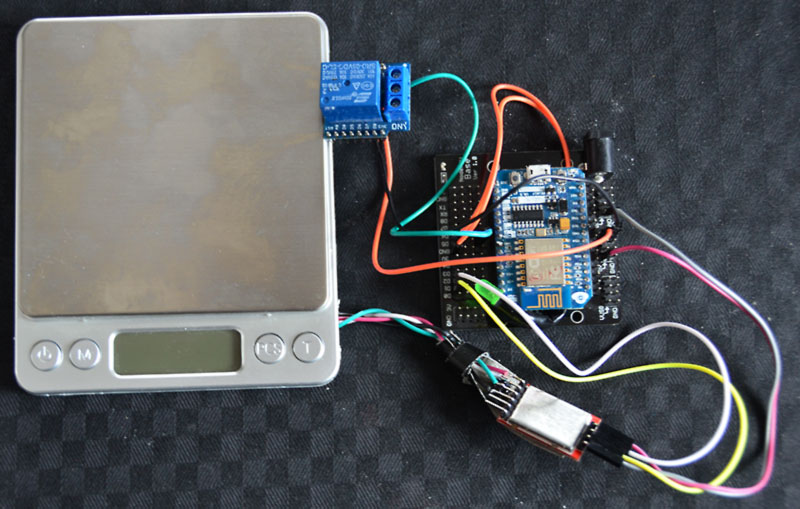 The ESP8266, HX711 a cheap kitchen scale and a relay become a D.I.Y wifi smart coffee grinder with Android and IOS App from Blynk.